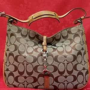 Aunthic Coach Handbag with Front Sling Closer